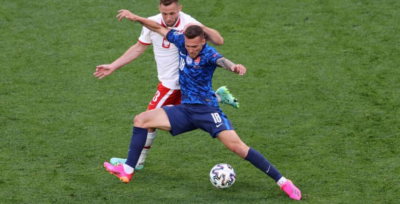 Словакия в большинстве вырвала победу над Польшей