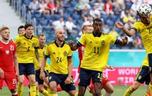 Швеція вирвала перемогу у Польщі і виграла групу Е