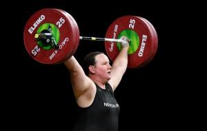 Тяжелоатлетка Хаббард станет первым трансгендером в истории Олимпийских игр