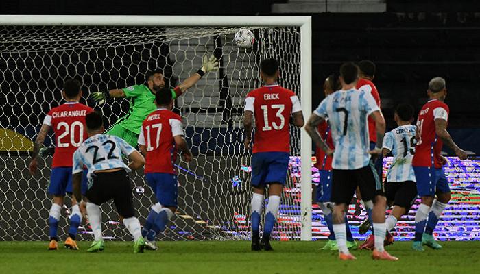 Копа Америка: Аргентина сыграла вничью с Чили, Парагвай победил Боливию