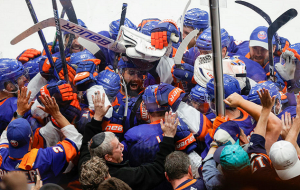 Айлендерс победили Тампу и перевели полуфинальную серию Кубка Стэнли к седьмому матчу
