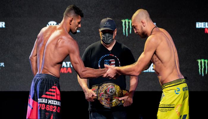 Украинец Амосов победил Лиму и завоевал титул Bellator в полусреднем весе