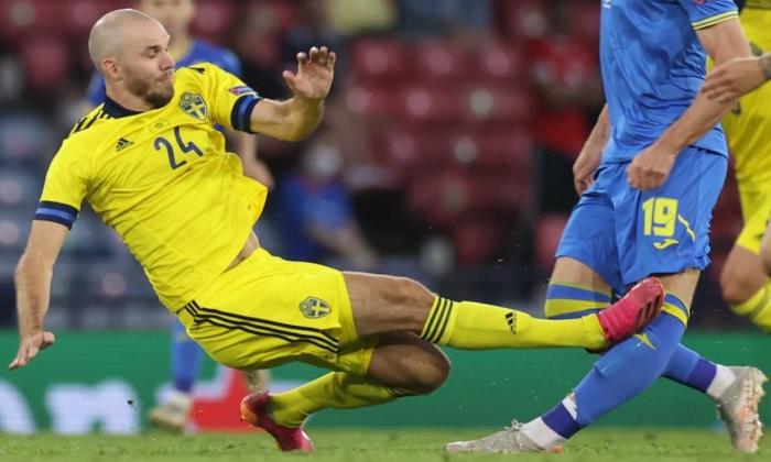 Бесєдін покине розташування збірної України через травму, отриману в матчі зі Швецією