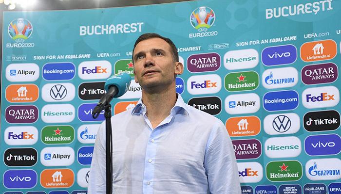 Денисов: Нет никаких финансовых или каких-либо других причин ухода Шевченко