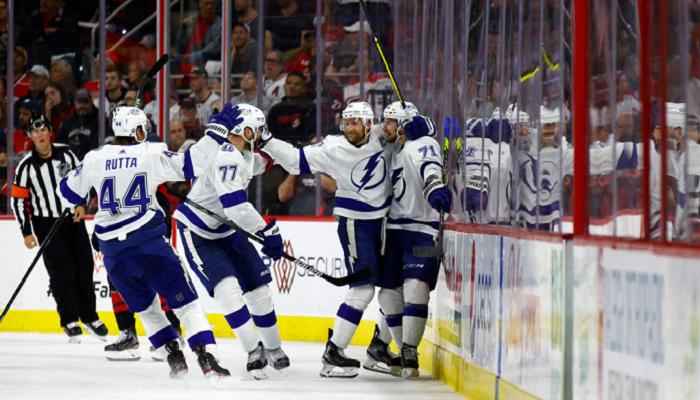 Тампа обіграла Кароліну в плей-оф НХЛ