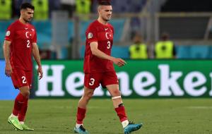 Турция проигрывала стартовый матч на всех семи чемпионатах Европы и мира, в которых участвовала