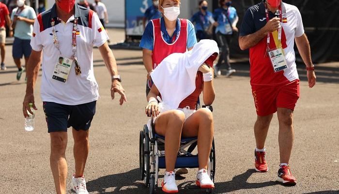 Бадоса снялась с матча олимпийского теннисного турнира из-за сильной жары в Токио