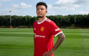 Манчестер Юнайтед объявил о подписании Санчо
