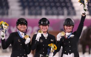 Збірна Німеччини стала Олімпійським чемпіоном з кінного спорту в командній виїздці