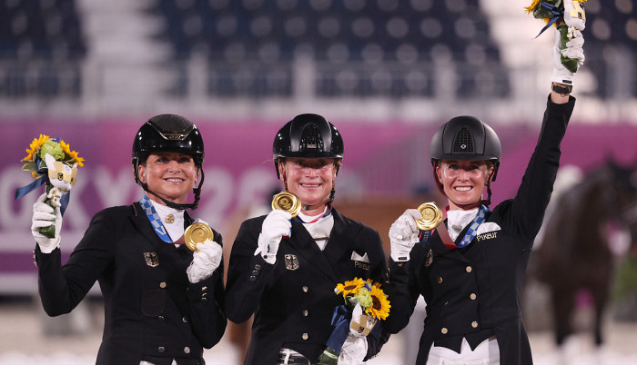 Сборная Германии стала Олимпийским чемпионом по конному спорту в командной выездке