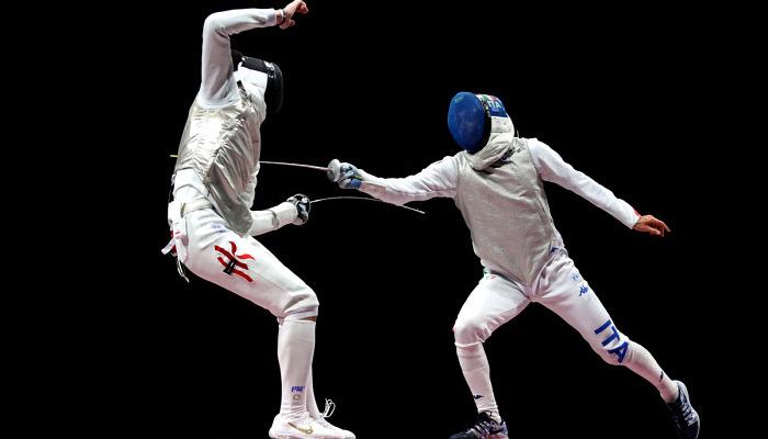 Чун Ка Лонг выиграл золото Олимпиады в индивидуальной рапире