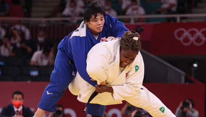 Японка Соне выиграла олимпийское золото по дзюдо в категории свыше 78 кг