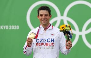 Чех Пршкавец выиграл золото Олимпиады в гребном слаломе на байдарках-одиночках