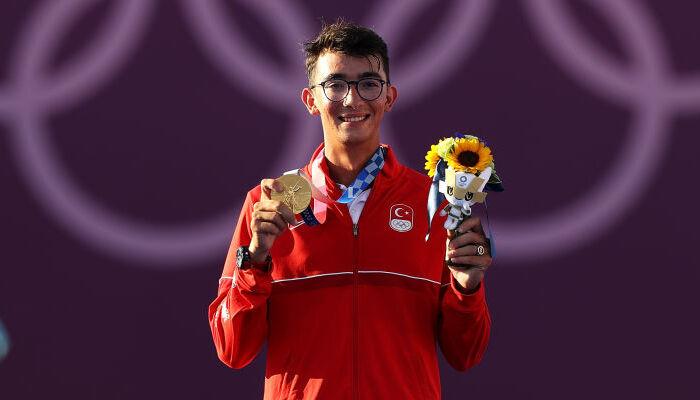 Турок Газоз стал Олимпийским чемпионом по стрельбе из лука