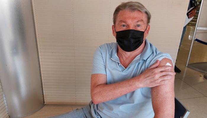 Блохін, Михайличенко, Дем'яненко та інші члени УАФ вакцинувалися від коронавірусу