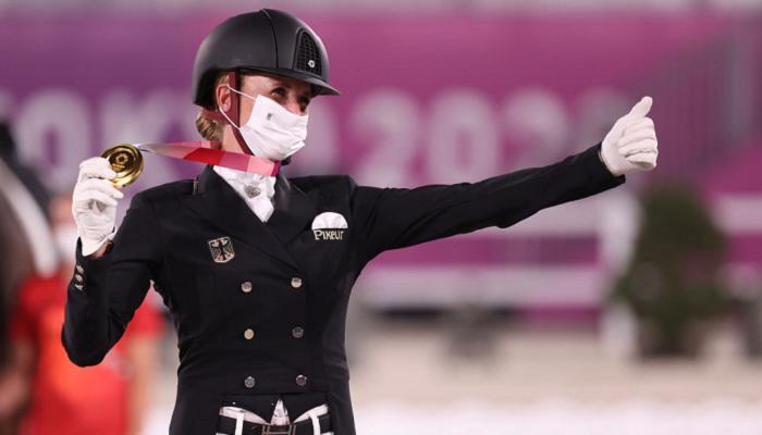 Немка Бредов-Верндль выиграла золото Олимпиады в конном спорте в выездке