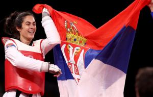 Сербка Мандич выиграла олимпийское золото в тхэквондо в категории свыше 67 кг