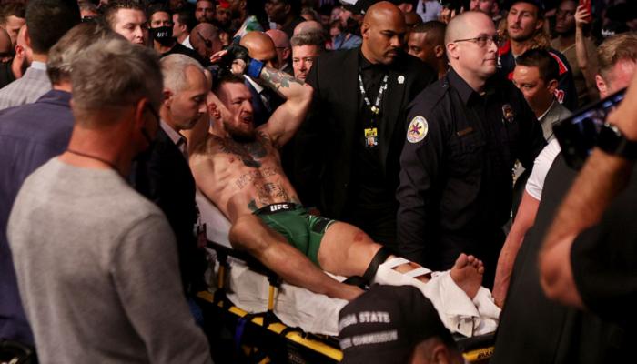 Макгрегор переніс успішну операцію після перелому ноги