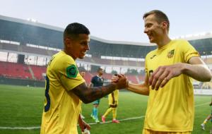 Матч Металлист — Ужгород посетили 26668 зрителей. Это рекордная болельщицкая аудитория в Первой лиге за два года