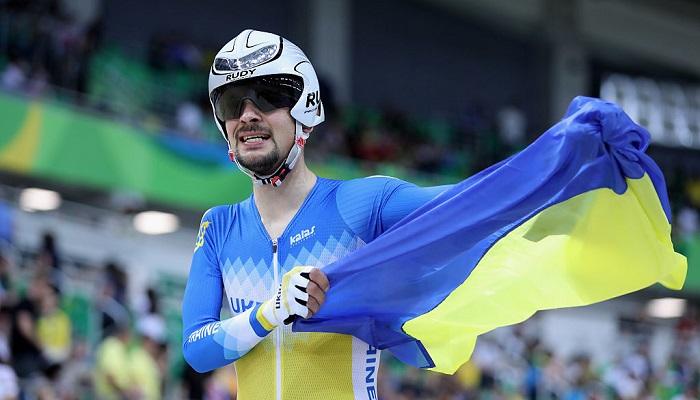 Дементьев выиграл серебро Паралимпиады в шоссейной гонке