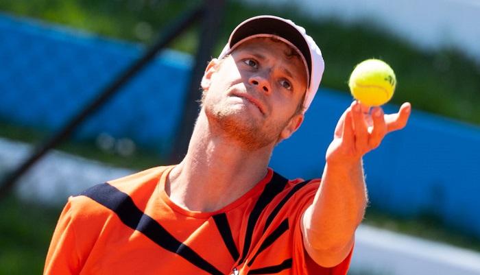 Молчанов проиграл в финале парного турнира в Люденшайде
