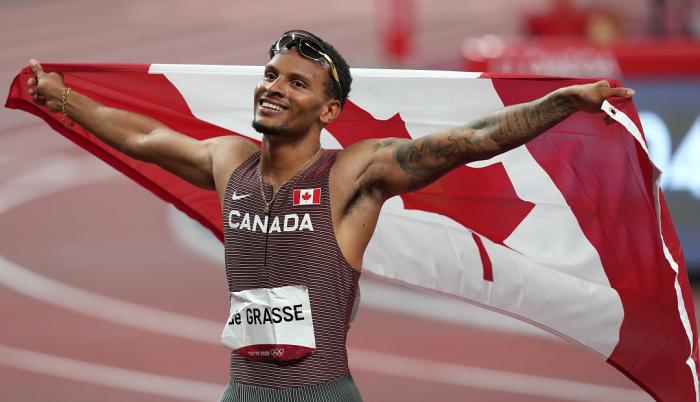 Де Грасс став олімпійським чемпіоном у бігу на 200 метрів