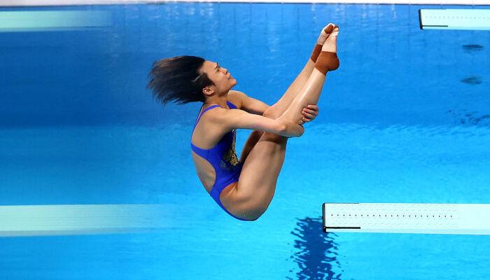 Китаянка Ши Тинмао выиграла золото Олимпиады-2020 в прыжках в воду с 3-метрового трамплина