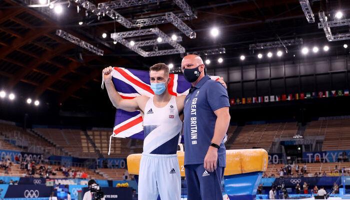 Британец Уитлок стал Олимпийским чемпионом в упражнениях на коне