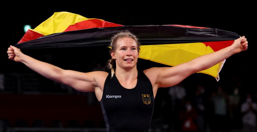 Немка Роттер-Фоккен стала олимпийской чемпионкой в борьбе в весовой категории до 76 кг