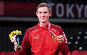 Датчанин Аксельсен став олімпійським чемпіоном з бадмінтону