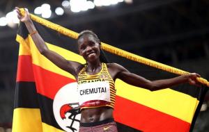 Перут Чемутай з Уганди стала олімпійською чемпіонкою в бігу з перешкодами