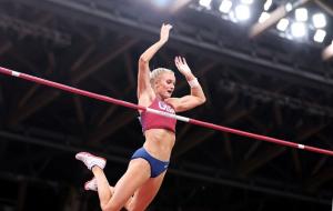 Американка Наджеотт виграла золото Олімпіади в стрибках з жердиною
