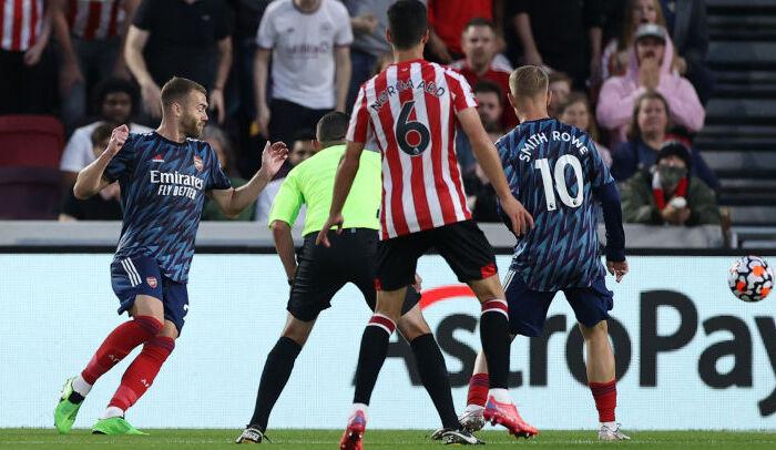 Арсенал проиграл Брентфорду в матче-открытии нового сезона АПЛ