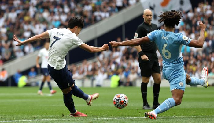 Манчестер Сити с Зинченко проиграл Тоттенхэму в стартовом матче АПЛ