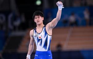 Японец Хасимото стал олимпийским чемпионом в спортивной гимнастике на перекладине