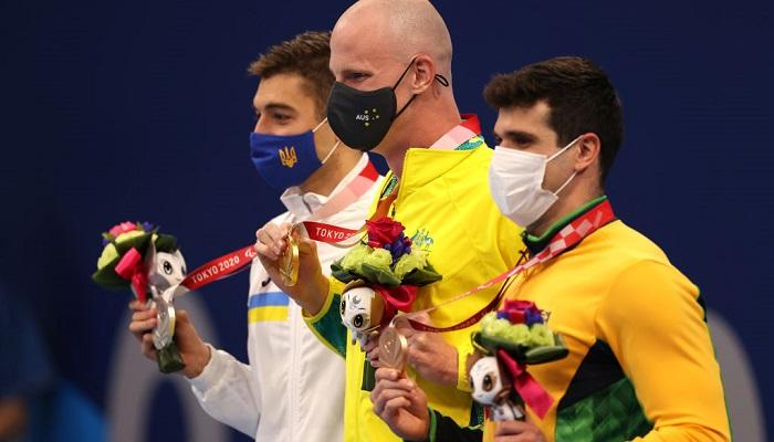Українські плавці Кріпак і Вірченко виграли срібні медалі Паралімпіади