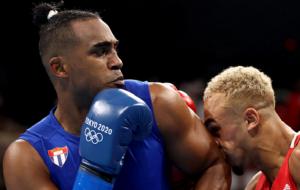Кубинский боксер Лопес выиграл золото Олимпиады в категории 75-81 кг