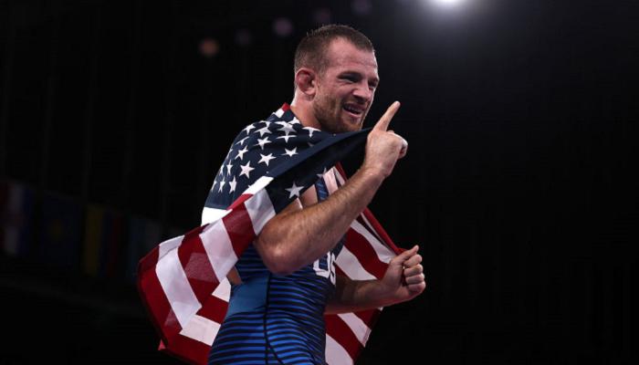 Американец Тейлор выиграл золото Олимпиады по вольной борьбе в категории до 86 кг