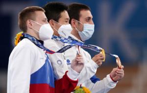 Кореєць Сін Джі-хван – Олімпійський чемпіон в опорному стрибку