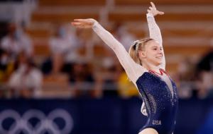 Американка Кэри стала Олимпийской чемпионкой в вольных упражнениях
