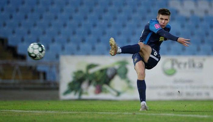 Пихаленок вызван в сборную Украины вместо Зинченко