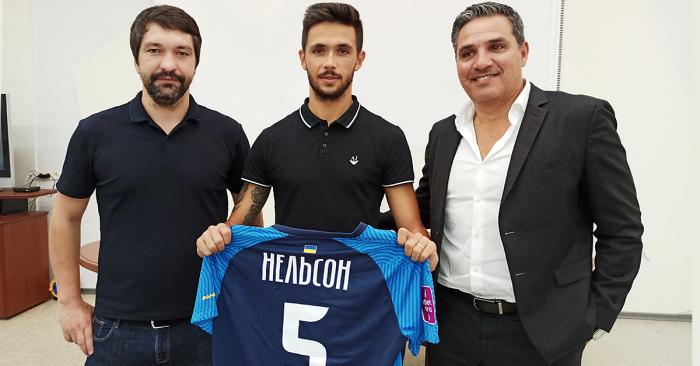 Днепр-1 подписал португальского защитника Монте