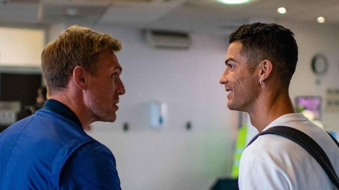 Роналду прибув до Манчестера і після п'ятиденної ізоляції приєднається до команди