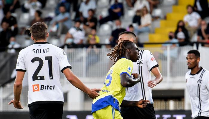 Ювентус на выезде победил Специю в матче с пятью голами