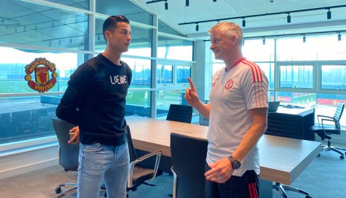 Роналду провів перше тренування на базі МЮ після повернення