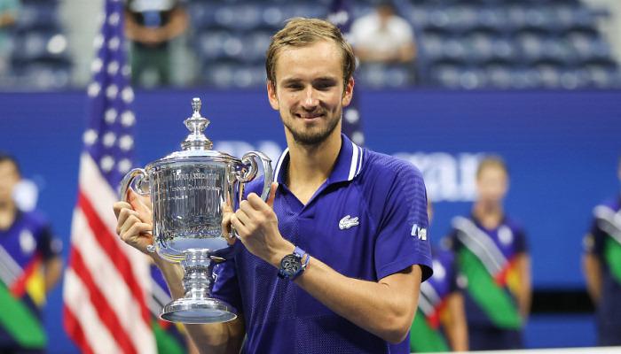 Медведєв став переможцем US Open, обігравши Джоковича в трьох сетах