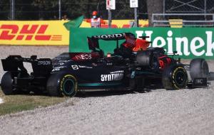 Зіткнення Ферстаппена та Хемілтона на Гран-прі Італії (відео)