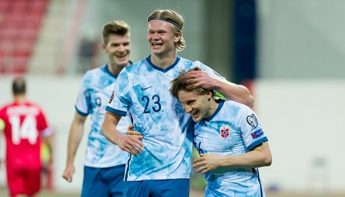 Норвегия обыграла Латвию и возглавила группу в квалификации на ЧМ-2022