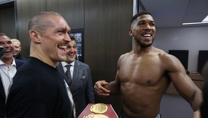 Усик вернул Джошуа чемпионские пояса после победы