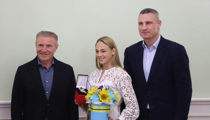 Виталий Кличко наградил киевлян, занявших с 3 по 6 места на Олимпиаде в Токио